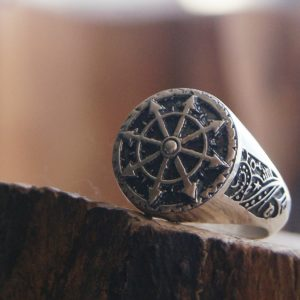 Chaos Undivided Signet Ring