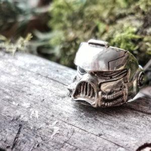 "Signet Ring ""Adeptus Astartes Helmet"""